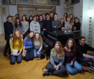 """Touring Club insieme agli studenti con il progetto """"Wow!"""""""