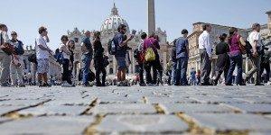 Rapporto Censis: industria e turismo trainano la ripresa italiana