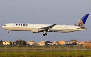 United Airlines: la Roma-New York (Newark) diventa annuale
