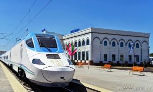 L'Uzbekistan migliora la rete ferroviaria