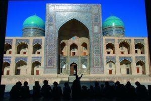 L'Uzbekistan abolisce il visto turistico per gli italiani