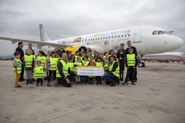 Vueling La Livrea Di Un A320neo Decorata Con I Disegni Dei Bambini