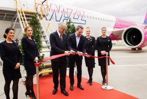 Airbus ha consegnato oggi a Wizz Air il primo A321neo