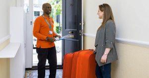 easyJet a Londra ritira il bagaglio a casa, con AirPortr