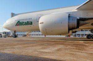 Alitalia, le offerte slittano in attesa del nuovo governo