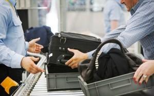 Divieto al trasporto di tablet e pc: Paesi e vettori coinvolti