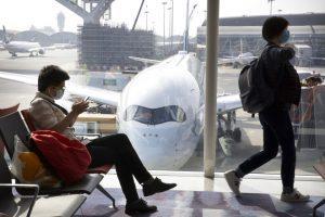 Cina: si allunga l'elenco delle compagnie aeree che sospendono i voli