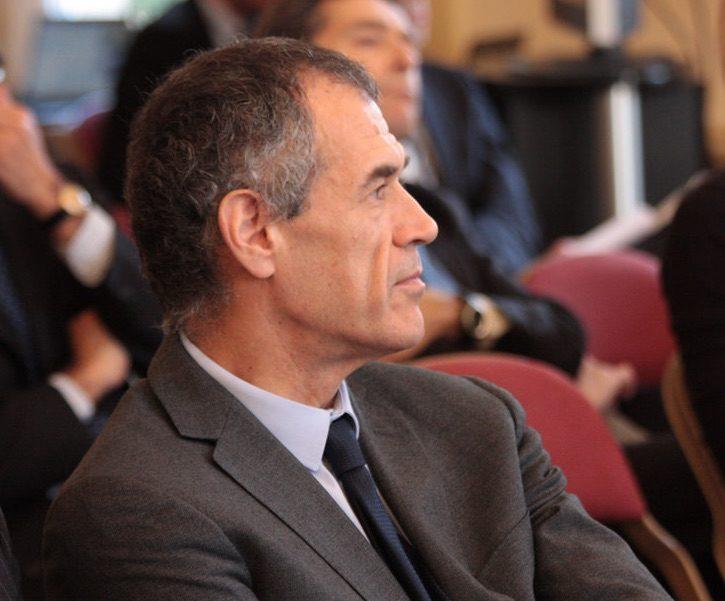 Cottarelli: lo Stato sbaglia ad entrare in Alitalia. Ma i privati sono meglio?