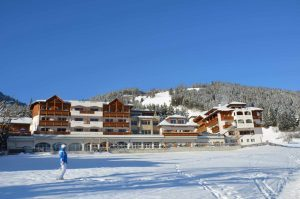 Excelsior Dolomites resort, le offerte a marzo tra sport e relax a 5 stelle