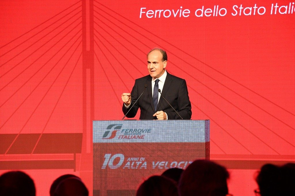 """FS festeggia 10 anni di Alta Velocità con numeri da record. Su Alitalia, """"no comment"""""""