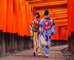 Naar Tour Operator firma due nuovi itinerari in Giappone