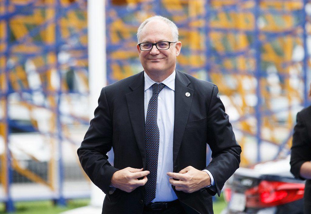 Il ministro Gualtieri ha le idee chiare su tutto, tranne che sul turismo