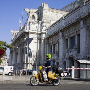 Italo, nuovo servizio di scooter sharing MiMoto a Milano e Torino