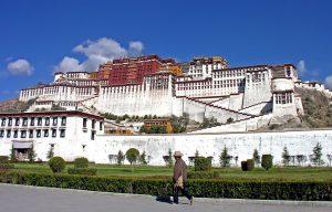 Il Tibet vara nuove misure per incentivare il turismo invernale
