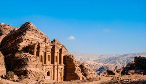 La Giordania riaprirà gradualmente gli aeroporti in agosto