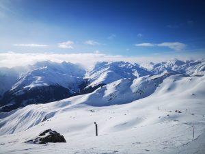 In Svizzera un gioiello ben custodito, la Ski Arena di Andermatt, Sedrum, Disentis