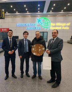 Uzbekistan, atterrato il primo turista italiano senza visto