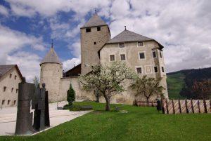 Alto Adige: la cultura ladina, la natura e laboratori creativi on line per i viaggi virtuali