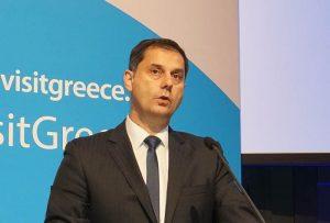 I piani della Grecia per salvaguardare l'estate. Da luglio, con nuove norme