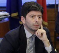 Speranza proroga le misure restrittive anti-Covid per gli ingressi in Italia