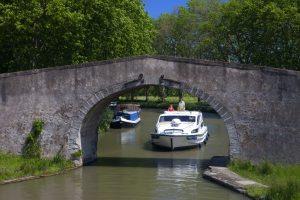 Le Boat: tutte le promozioni per le vacanze in houseboat di fine estate – inizio autunno