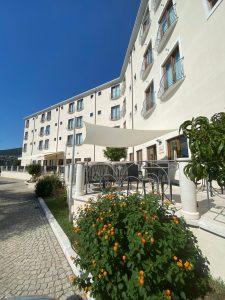 Hotel Brancamaria, a Cala Gonone dopo la ripresa su agosto l'incognita di settembre