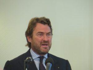 Federalberghi (con altri) chiede gli aiuti di Stato fino a giugno 2022