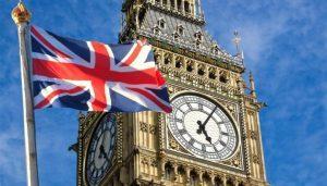 Regno Unito: le vaccinazione di massa spingono le prenotazioni