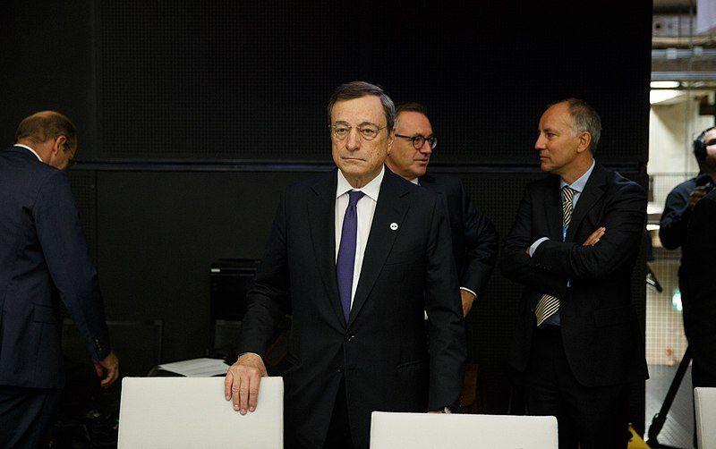 Piano Draghi: entro luglio 25 milioni di vaccinati per far ripartire il turismo