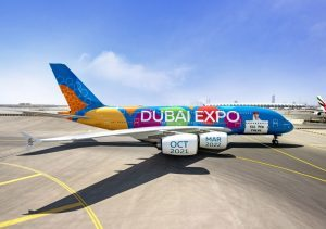 Emirates: un A380 con una livrea speciale in volo su Expo