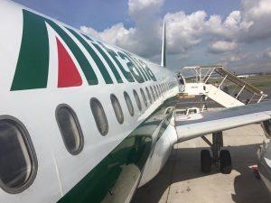 Alitalia prolunga al 28 ottobre i voli in continuità per la Sardegna