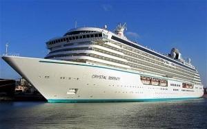 Vaccino obbligatorio anche per i passeggeri Crystal Cruises