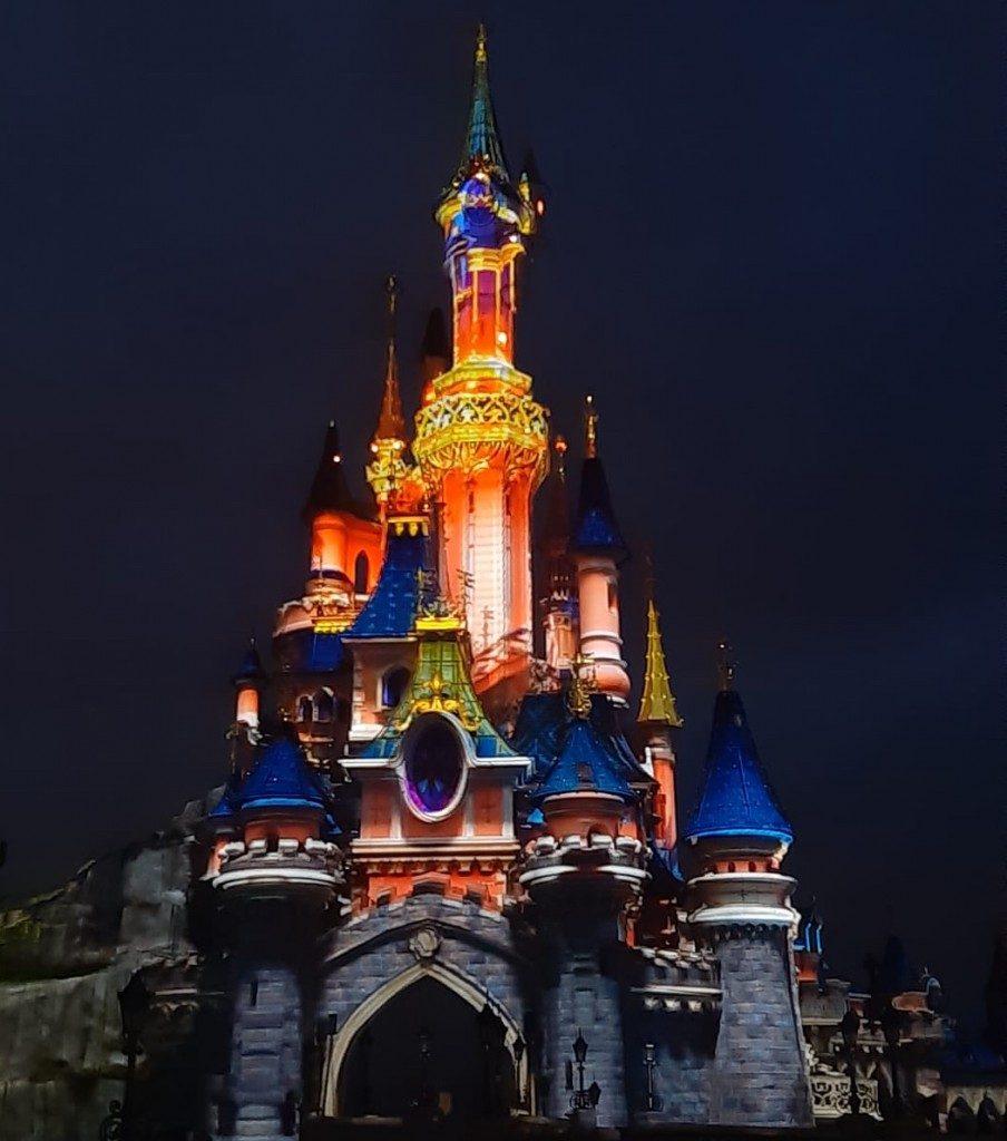 Disneyland Paris: 15 milioni di visitatori nel 2018. E la magia continua