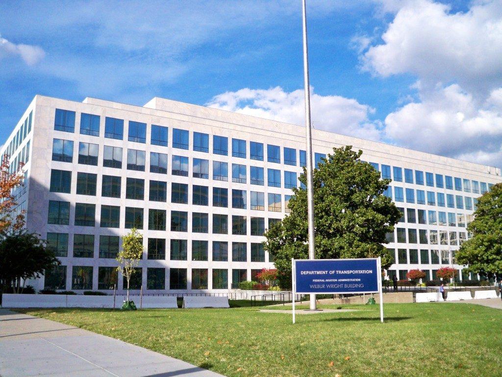 Usa: aumentano i poteri dell'FAA nel controllo dei produttori di aerei