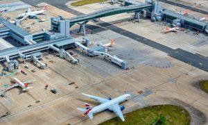 Iata: la variante Delta minaccia il rilancio del traffico aereo