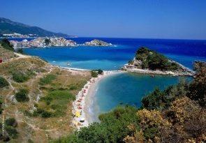 La Grecia stima 12 miliardi di euro di entrate turistiche per l'intero 2021