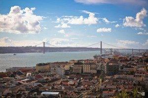 Il Portogallo estende al 15 aprile lo stop ai voli da Brasile e Regno Unito
