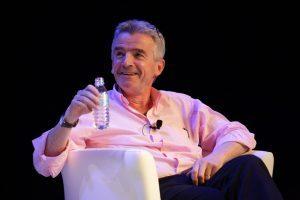 400 agenti di viaggio spagnoli contro Ryanair: «Resistuisci i rimborsi»
