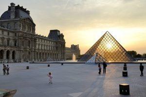 Francia: i dubbi sulla possibilità di fare vacanze all'estero durante l'estate