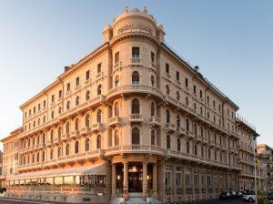 Il 17 maggio riapre il Principe di Piemonte di Viareggio con nuovi interni e ristoranti