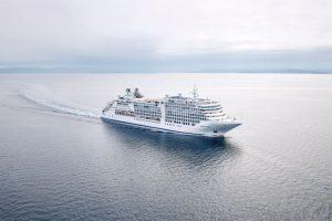 Vaccinazione obbligatoria anche per salire a bordo delle navi Silversea