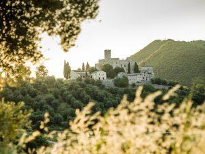 Six Senses: obiettivo Sicilia e Lago di Como