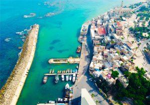 Israele riapre ai turisti vaccinati dal 23 maggio: si comincia dai gruppi