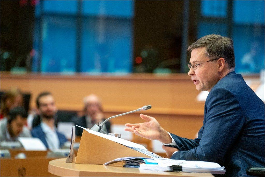 Commissione Ue: allo studio 8 mld di euro di liquidità per le pmi