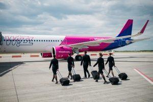 Wizz Air: vaccino obbligatorio per tutti gli equipaggi, dal 1° dicembre
