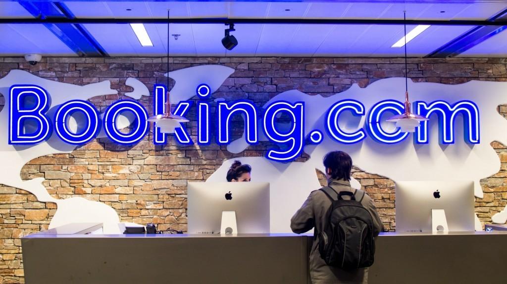 Si aggravano le accuse di mancato versamento dell'Iva contro Booking.com