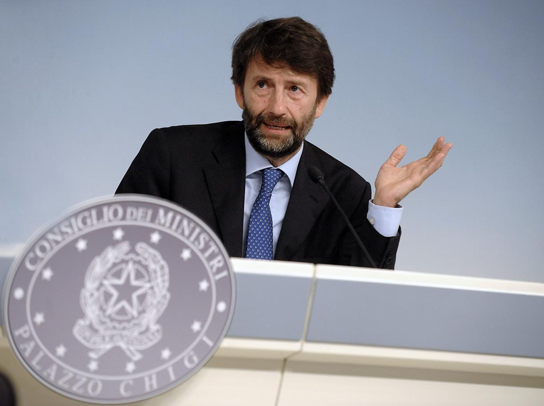 Franceschini: bonus da 2 miliardi per le vacanze ma dimentica adv e to