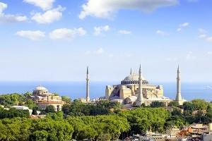 """La Turchia punta su una ripresa a """"V"""": sicurezza e nuovi prodotti al top"""