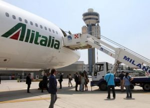 Alitalia annulla tutte le prenotazioni per l'Argentina dopo il 15 ottobre