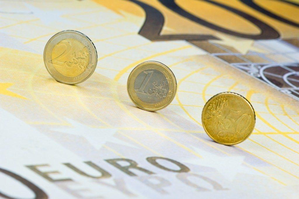 Gli agenti della Sardegna scrivono al governo: «Liquidità immediata»